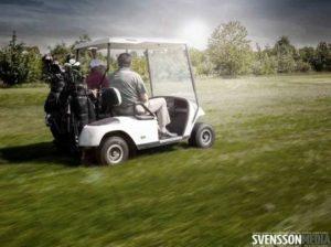 Golfcart im Golfturnier