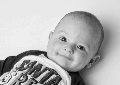 Süsses Baby fotografiert